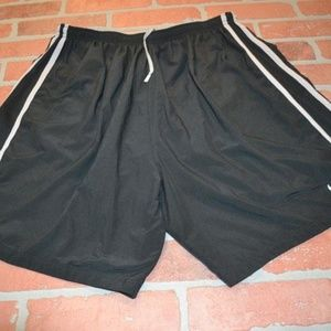 2221 Mens Nike Gym Shorts Running Black Size 2XL